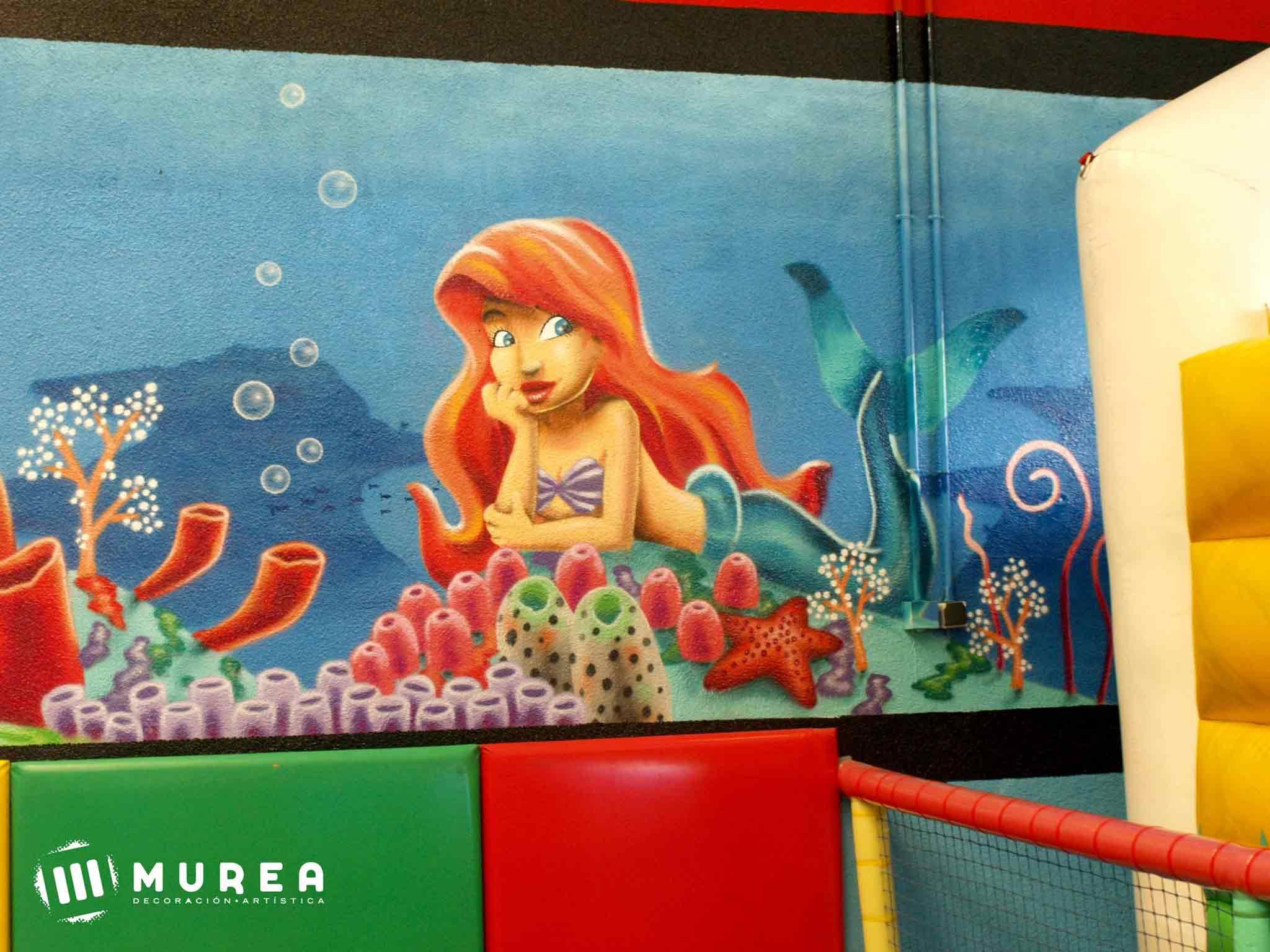 """Murales infantiles para guarderia """"Juego y aprendo""""."""