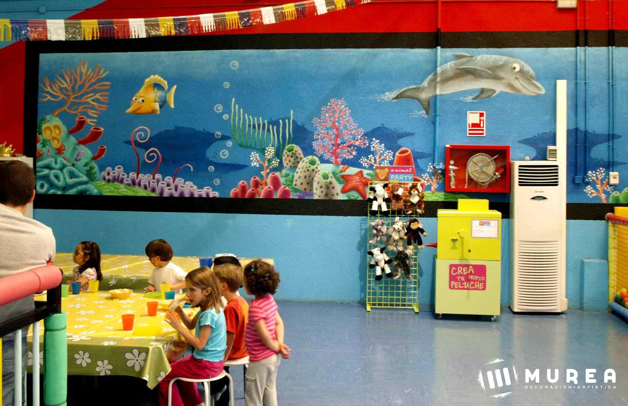 """Murales infantiles para guarderia """"Juego y aprendo"""""""