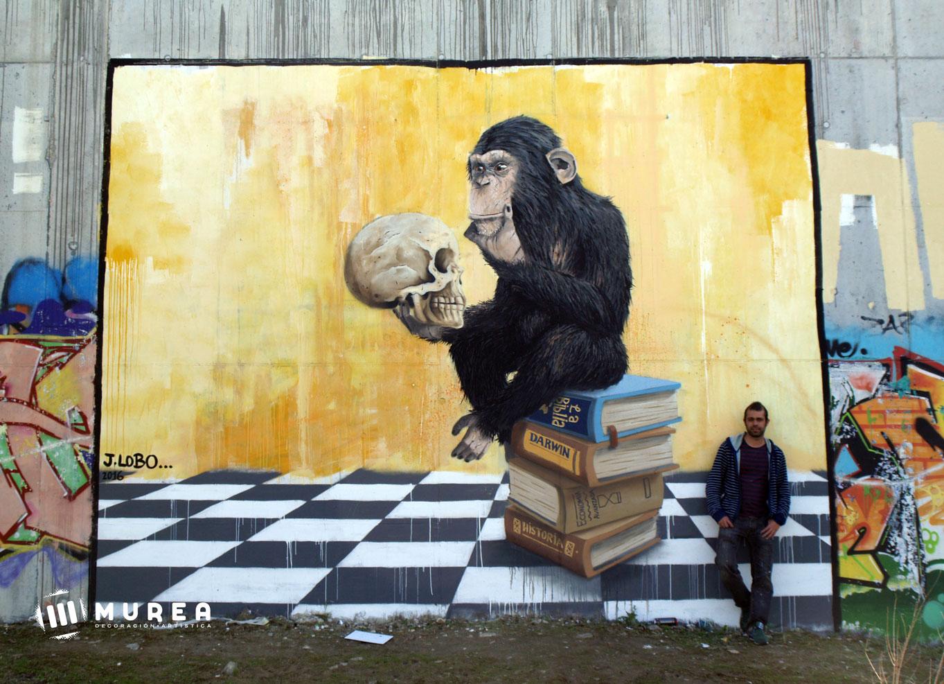 'Mono pensando' basado en la escultura de Hugo Rheinhold, mural realizado por libre, Madrid 2016.